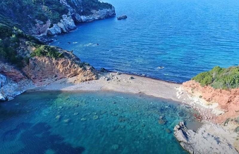 Άγιος Βασίλειος – Η διπλή παραλία!