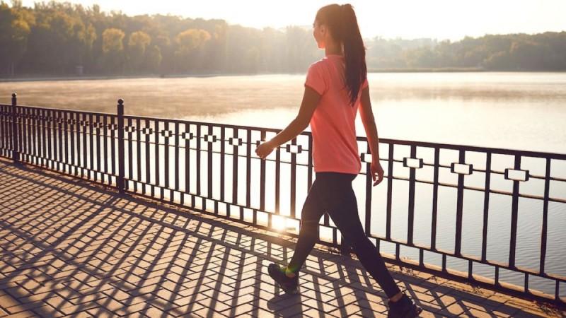 Αυτά τα εκπληκτικά οφέλη έχει το περπάτημα στην υγεία μας