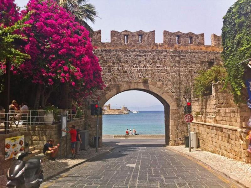 Μεσαιωνική Πόλη