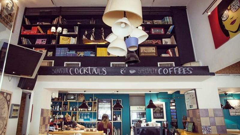 3+1 υπέροχα καφέ στην Φωκίωνος Νέγρη που πρέπει οπωσδήποτε να επισκεφτείτε!