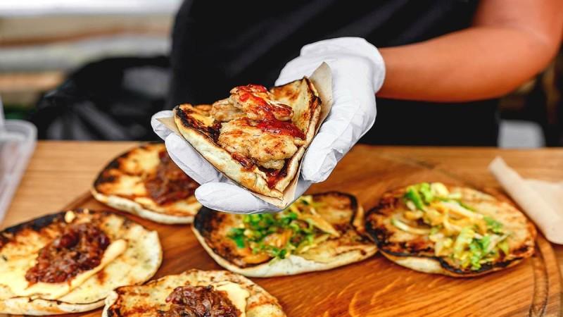 12+1 street food που θα ιντριγκάρουν τον ουρανίσκο σας!