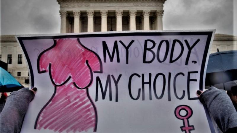 1ο Πανελλήνιο Συνέδριο Γονιμότητας: Η ΠτΔ αποσύρει την αιγίδα της - Σεξιστικό το βίντεο της καμπάνιας - Σάλος στα social media