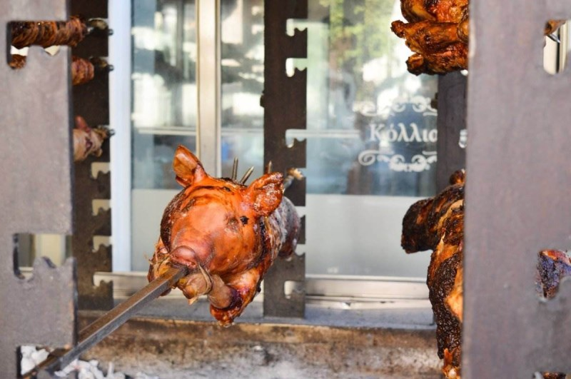 Ταβέρνα Κόλλιας γουρούνι