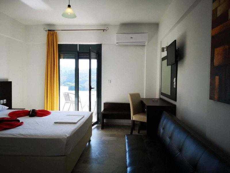Hotel Telis