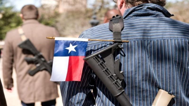 Δημόσια οπλοφορία χωρίς άδεια και με το νόμο στο Τέξας - Τι ισχύει στην Ελλάδα, πόσο εύκολα χορηγείται η άδεια
