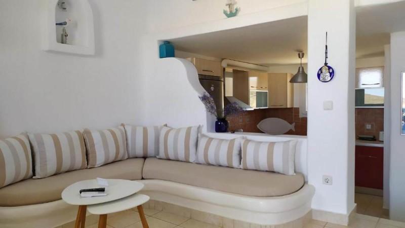Villa Rania, Παραλία Μερχιάς