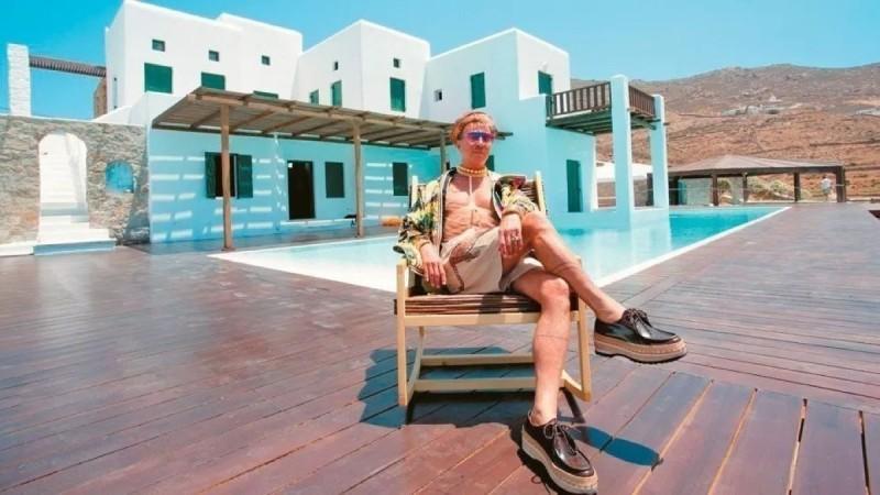 Βαθύπλουτος Αιγύπτιος ο νέος ιδιοκτήτης της βίλας-παλάτι του Λάκη Γαβαλά - Δείτε πως είναι σήμερα