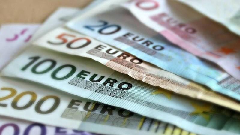 Μπαράζ πληρωμών: Τι καταβάλλουν από Δευτέρα 14/06 e-ΕΦΚΑ και ΟΑΕΔ
