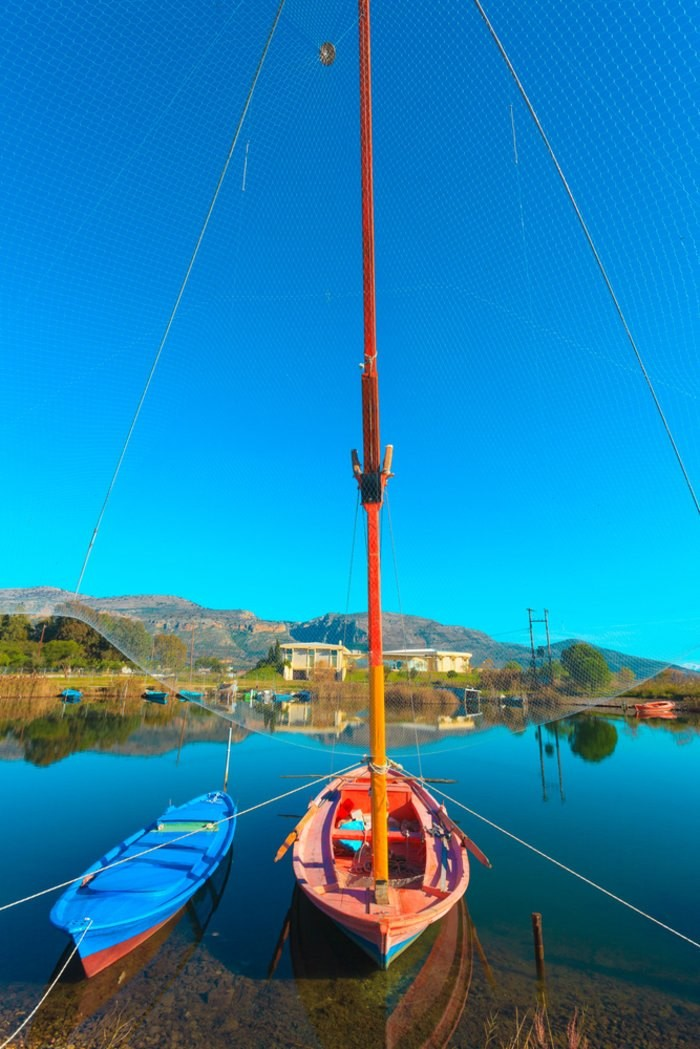 Η Βενετία Της Ελλάδας! Αρχικά Αποτελούταν Από Πολλά Μικρά Νησάκια, Που Οι Ψαράδες Τα Ένωσαν Με Γεφυράκια