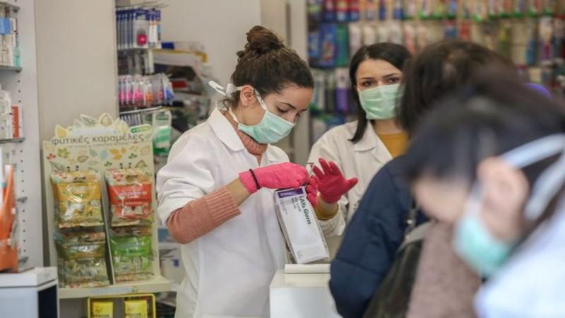 Κορωνοϊός: Υποχρεωτικά δύο τεστ την εβδομάδα για μη εμβολιασμένους εργαζόμενους