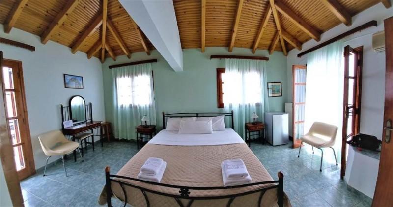 Αgnantio Μονεμβασιά δωμάτιο