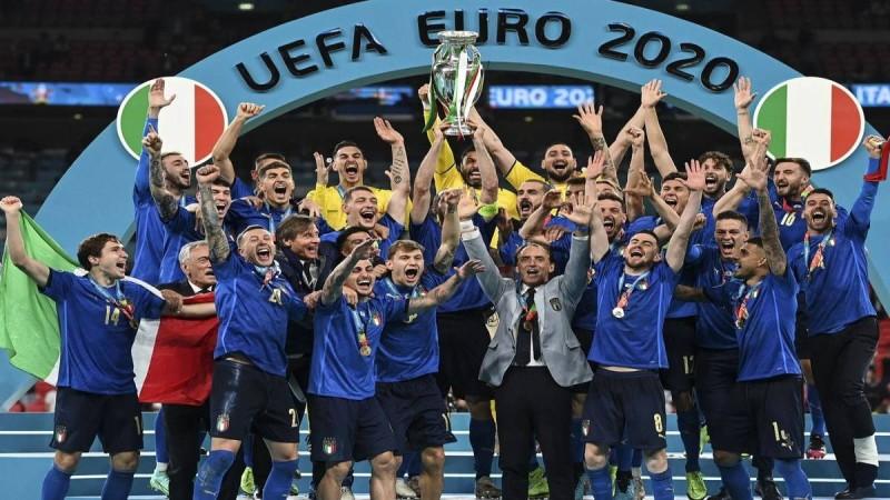 Η φωτογραφία της ημέρας: Η Ιταλία Πρωταθλήτρια Ευρώπης!