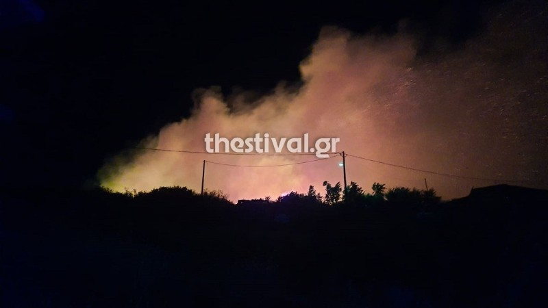 Φωτιά στη Θεσσαλονίκη - Μεγάλος ο κίνδυνος σε όλη την Ελλάδα