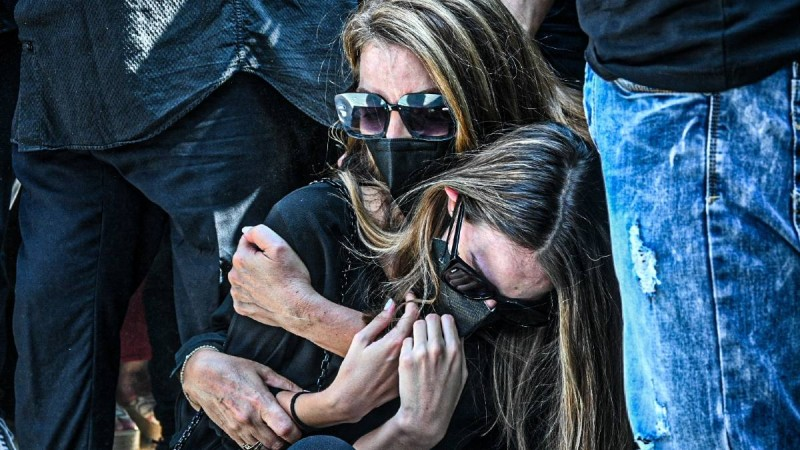 Άντζελα Γκερέκου: Η απάντησή της για τα έξοδα της κηδείας του Τόλη Βοσκόπουλου