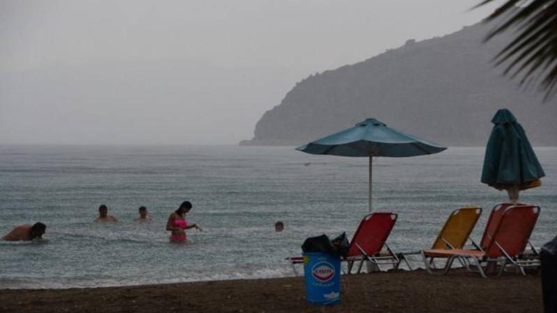 Καιρός αύριο (11/07): Τρελάθηκε - Ζέστη με… καταιγίδες και ισχυρούς ανέμους!