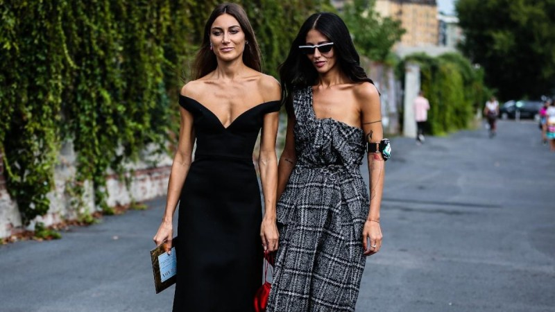 ZARA: 6+1 φορέματα με 10 ευρώ για... cool style!