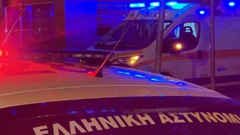 Φρίκη στην Καλλιθέα: Άνδρας βρέθηκε καρφωμένος σε κάγκελα έξω από πολυκατοικία (photo)