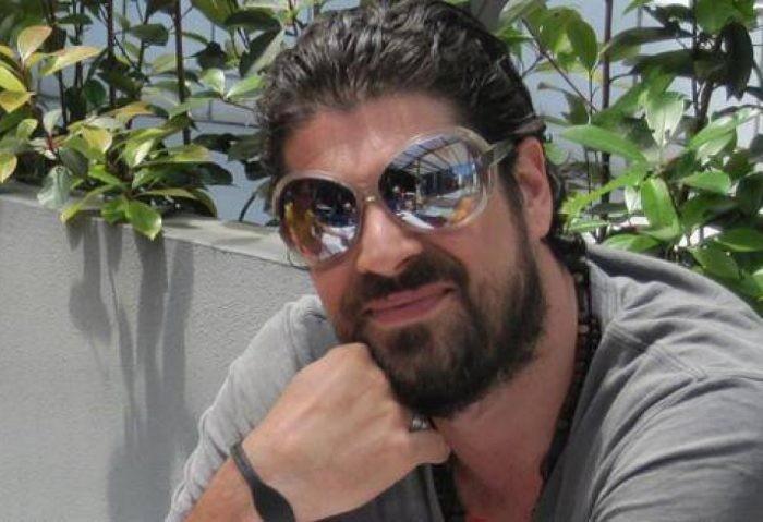 Δείτε πως είναι σήμερα ο Λορέντζο Καριέρα από το Bar του Mega!