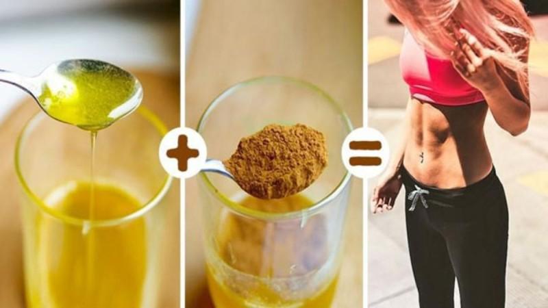 Δείτε τι θα συμβεί στο σώμα σας αν τρώτε μία κουταλιά μέλι με κανέλα κάθε πρωί. Ούτε που πάει το μυαλό σας!