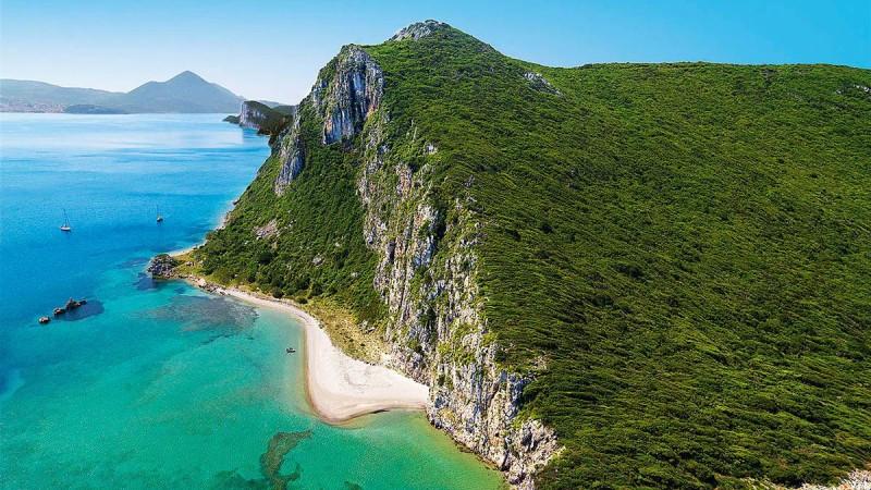 Μεσσηνία: Εξόρμηση σε 2 από τις καλύτερες παραλίες της
