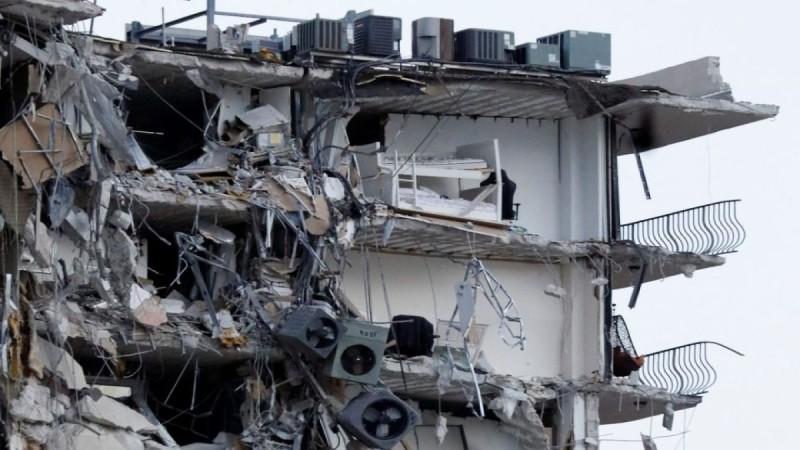 Στους 22 ο απολογισμός των νεκρών από την κατάρρευση κτιρίου στο Μαϊάμι - Ανάμεσά τους μια 7χρονη