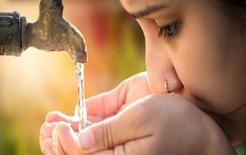 3 πράγματα που πρέπει να ξέρεις για το νερό της βρύσης