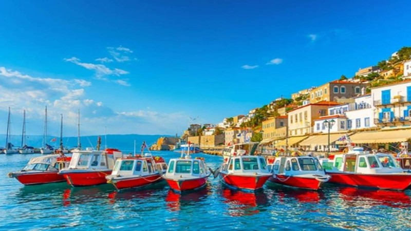 Μισή ώρα από την Αθήνα, 20 ευρώ την μέρα: Τα νησιά που θα απογειώσουν τις καλοκαιρινές σου διακοπές