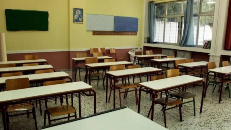 «Βρέχει»... προσλήψεις για εκπαιδευτικούς - Θέσεις και στα ΚΕΠ μέσω ΑΣΕΠ