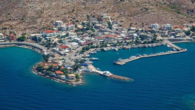 Το όμορφο ψαροχώρι που βρίσκεται μόλις 30 λεπτά από την Αθήνα και ελάχιστοι γνωρίζουν (Video)