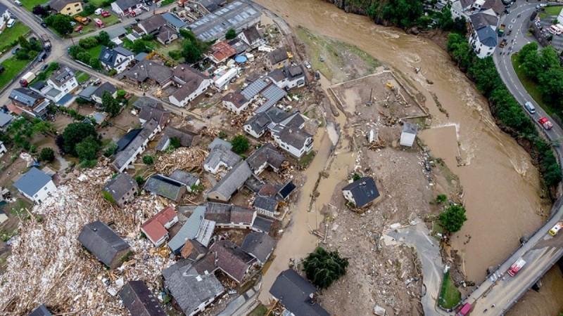 Γερμανία - Φονικές πλημμύρες: Βρίσκουν συνέχεια νεκρούς κάτω από τα μπάζα – Τουλάχιστον 1300 οι αγνοούμενοι