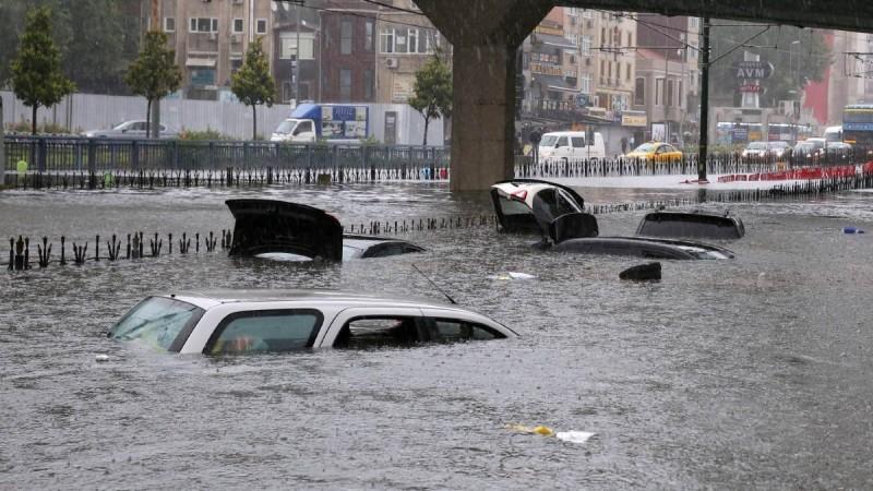 Ρεκόρ πλημμυρών στη Γη το 2030 από το φαινόμενο της ταλάντευσης της Σελήνης!
