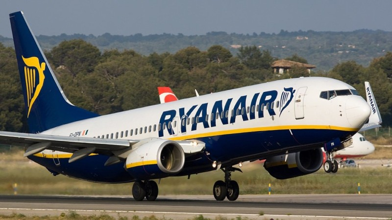 Ryanair: 1.000.000 θέσεις για πτήσεις εσωτερικού & εξωτερικού με €24,99!
