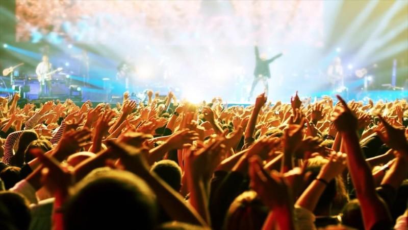 Παραστάσεις και συναυλίες με ελεύθερη είσοδο στην Αττική όλο τον Ιούλιο