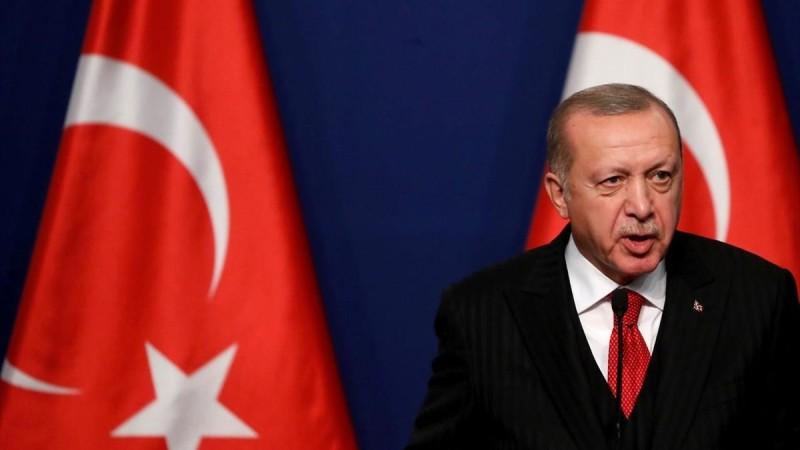 Συναγερμός στην Τουρκία: Αναγκαστική προσγείωση για ελικόπτερο που μετέφερε τον Ερντογάν