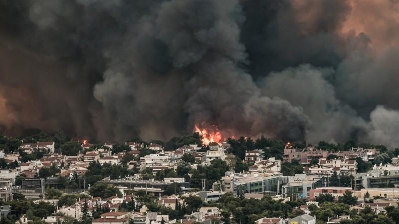Φωτιά στη Βαρυμπόμπη: Αύριο οι ανακοινώσεις για τα μέτρα στήριξης των πληγέντων