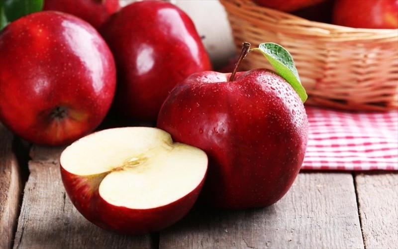 υγιεινές τροφές μήλο