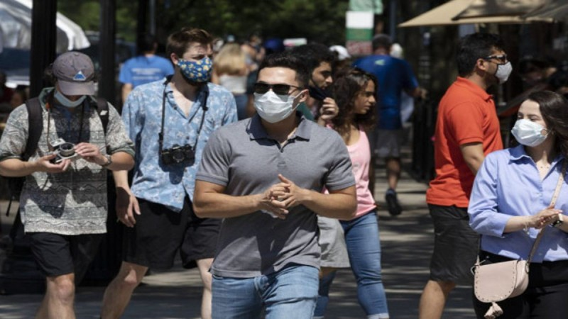 Κορωνοϊός: «Δε θα τελειώσουμε με την πανδημία πριν από το τέλος του 2022»