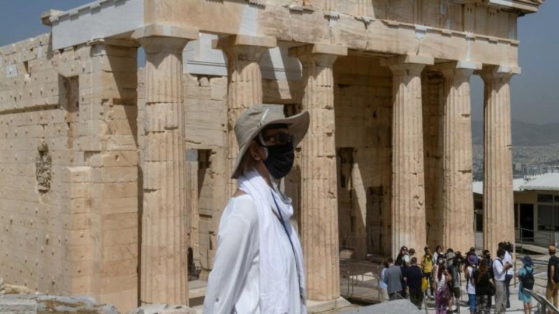 Με ωράριο... καύσωνα και οι αρχαιολογικοί χώροι