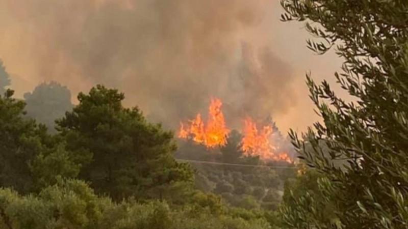 Φωτιά στη Ρόδο: Ενεργοποιήθηκε ο
