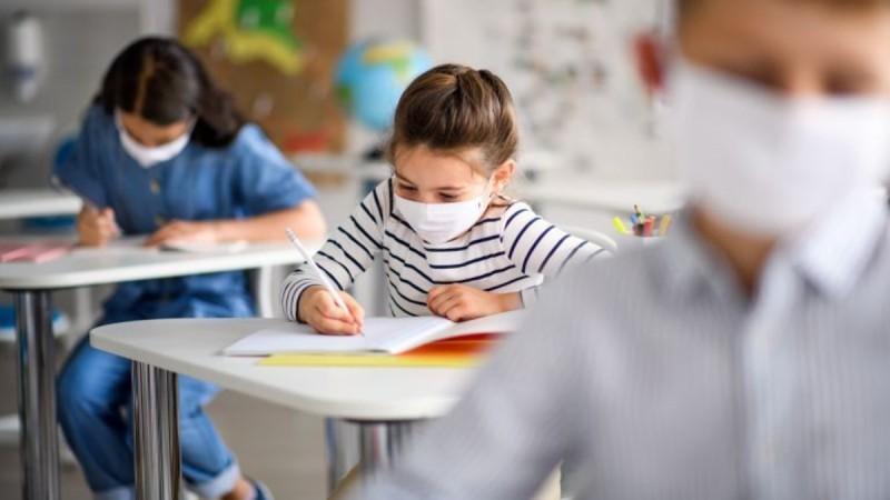 Σχολεία: Πώς αναμένεται να ανοίξουν - Όλες οι αλλαγές στο υγειονομικό πρωτόκολλο