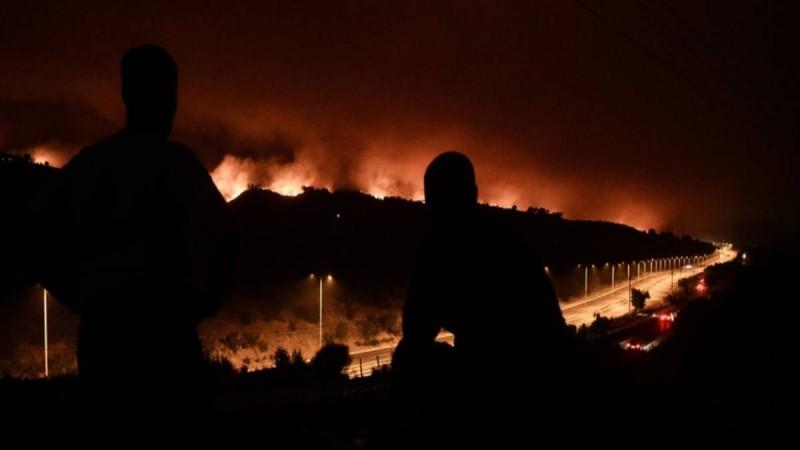 Πύρινος εφιάλτης στην Αττική: Αναμονή των πρώτων ρίψεων από αέρος - Σε Ιπποκράτειο Πολιτεία και Αφίδνες τα κύρια μέτωπα της φωτιάς!