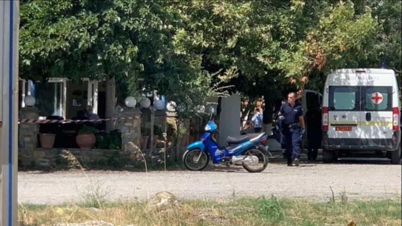 Έγκλημα στη Λάρισα: Οι πρώτες εικόνες από το σημείο της δολοφονίας - Σκότωσε τη γυναίκα του μέσα στο μαγαζί του αδελφού της