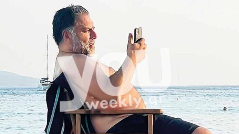 Γρηγόρης Αρναούτογλου: Για πρώτη φορά με μαγιό η σύντροφός του - Αποκλειστικές φωτογραφίες