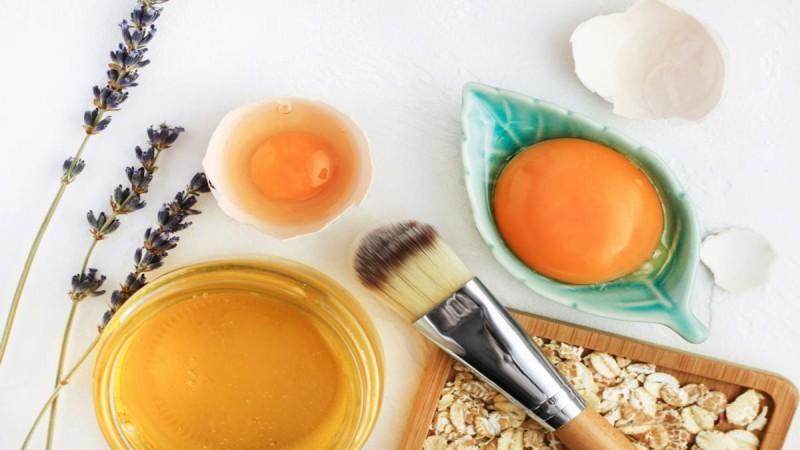 3 συνταγές για σπιτική μάσκα μαλλιών -  Φυσικές και αναζωογονητικές θεραπείες