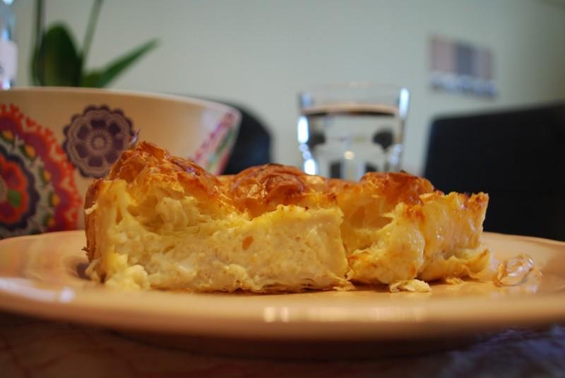 Συνταγή για τυρόπιτα με μπεσαμέλ