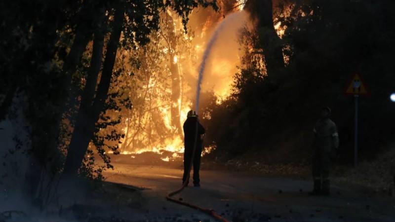 «Ράψτε το λίγο, μετά την πανδημία γίνατε αναλυτές πυρκαγιών»: Πυροσβέστης ξεσπά κατά των...