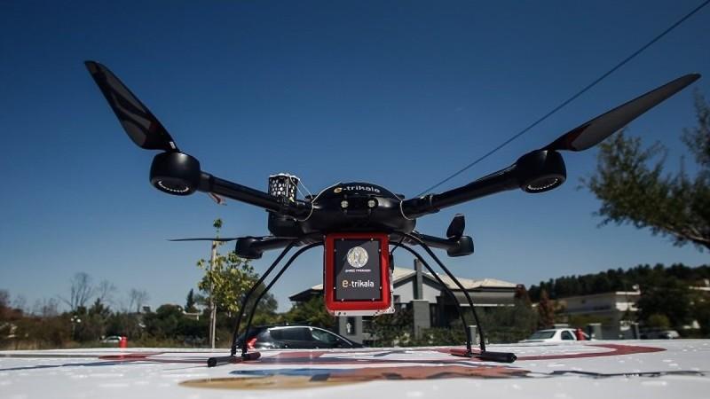 Πήραν φόρα στα Τρίκαλα: Η πρώτη μεταφορά φαρμάκων στην Ευρώπη με drone