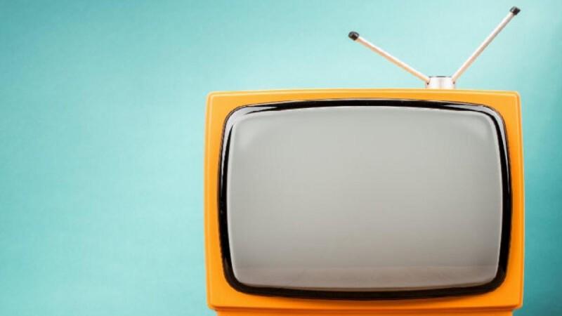 Αναμπουμπούλα με τα νούμερα τηλεθέασης που σημείωσαν εκπομπές και σειρές την Παρασκευή 24/9
