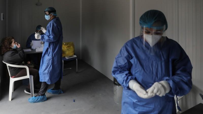 Κορωνοϊός: 3.040 κρούσματα σήμερα – Στους 333 οι διασωληνωμένοι - 42 νέοι θάνατοι