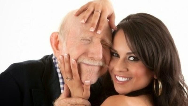 Ο παππούς με το Πάρκινσον στον οίκο ανοχής: Το σόκιν ανέκδοτο της ημέρας (19/9)